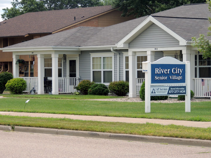 River City SV Exterior with Sign 2