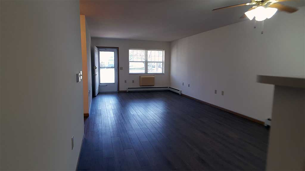 Wolf River SV living room front building