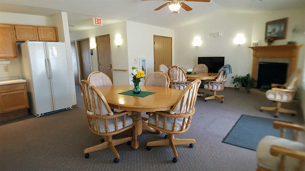 Wolf River SV clubhouse interior