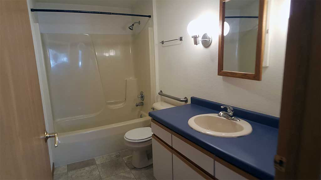 Westfield full bathroom medicine cabinet 3 bedroom side